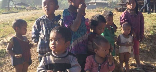 向云南山区孩子捐赠衣服的爱心活动-2