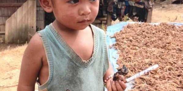 向云南山区孩子捐赠衣服的爱心活动-6